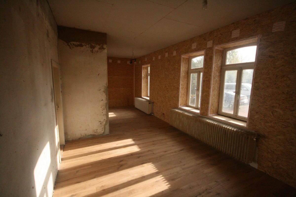 arctofilz das wohn und esszimmer wird saniert. Black Bedroom Furniture Sets. Home Design Ideas